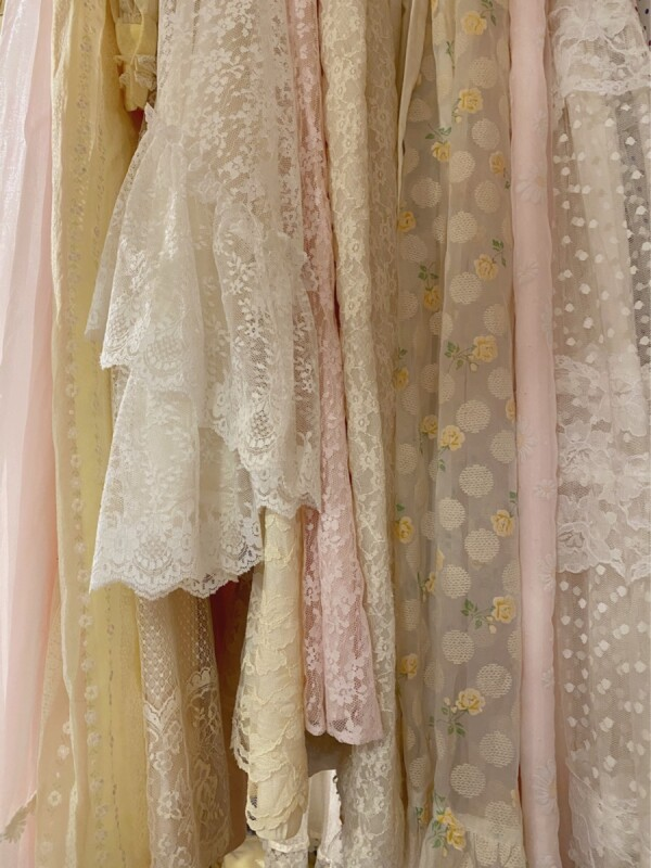 Romantic VintageDress Collection
